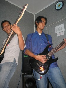 Mpeng & Me as Bassis & guitar