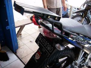 Breket Box Yamaha Vixion